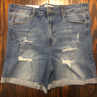 PLUS SIZE distressed Denim Shorts
