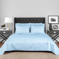 Light Blue Lionel Richie Home Coverlet Set