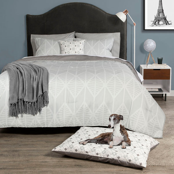 Dog Whisperer Deco Comforter Set and Pet Bed