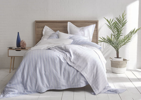 Pure Elegance Yarn-Dyed European Linen and Organic Cotton Striped Duvet Set
