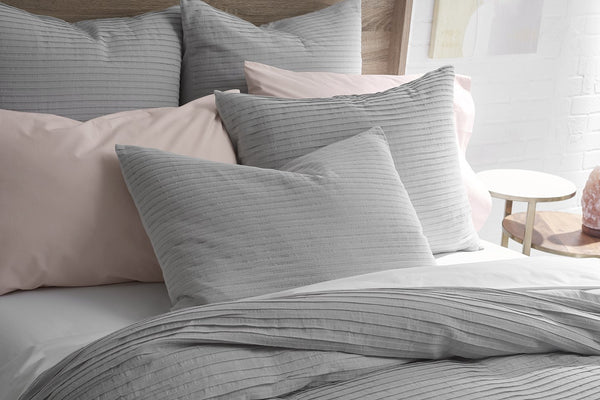 Pure Elegance 100% Organic Cotton Woven Pleated Duvet set