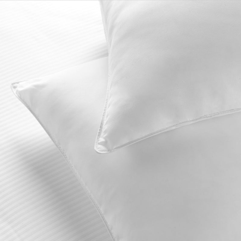Hotel Sahara Nights II Easy Care Firm Pillow