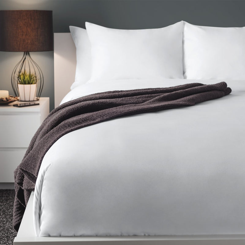 Hotel 200TC Solid Blend Sobelcale Sheet Set