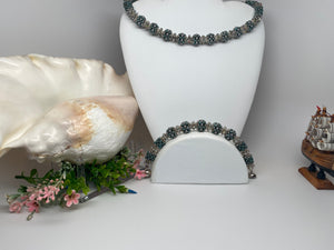 Handmade Swarovski Crystal  Pearls with Plated Silver Bracelet  8,5'' Necklace 19''Set