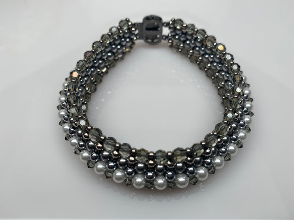 Hand Made Swarovski Crystal White Pearls and Black Diamond Bracelet 7'' Set Made by