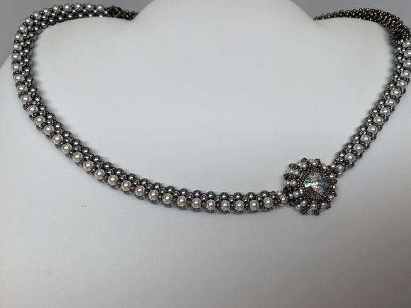 Hand Made Swarovski Crystal White Pearls Necklace 19''   Made by  14mm Rivoli