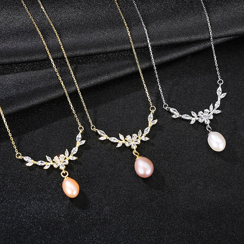Floral Pearl Pendant Necklace - Jewels Lane Co.
