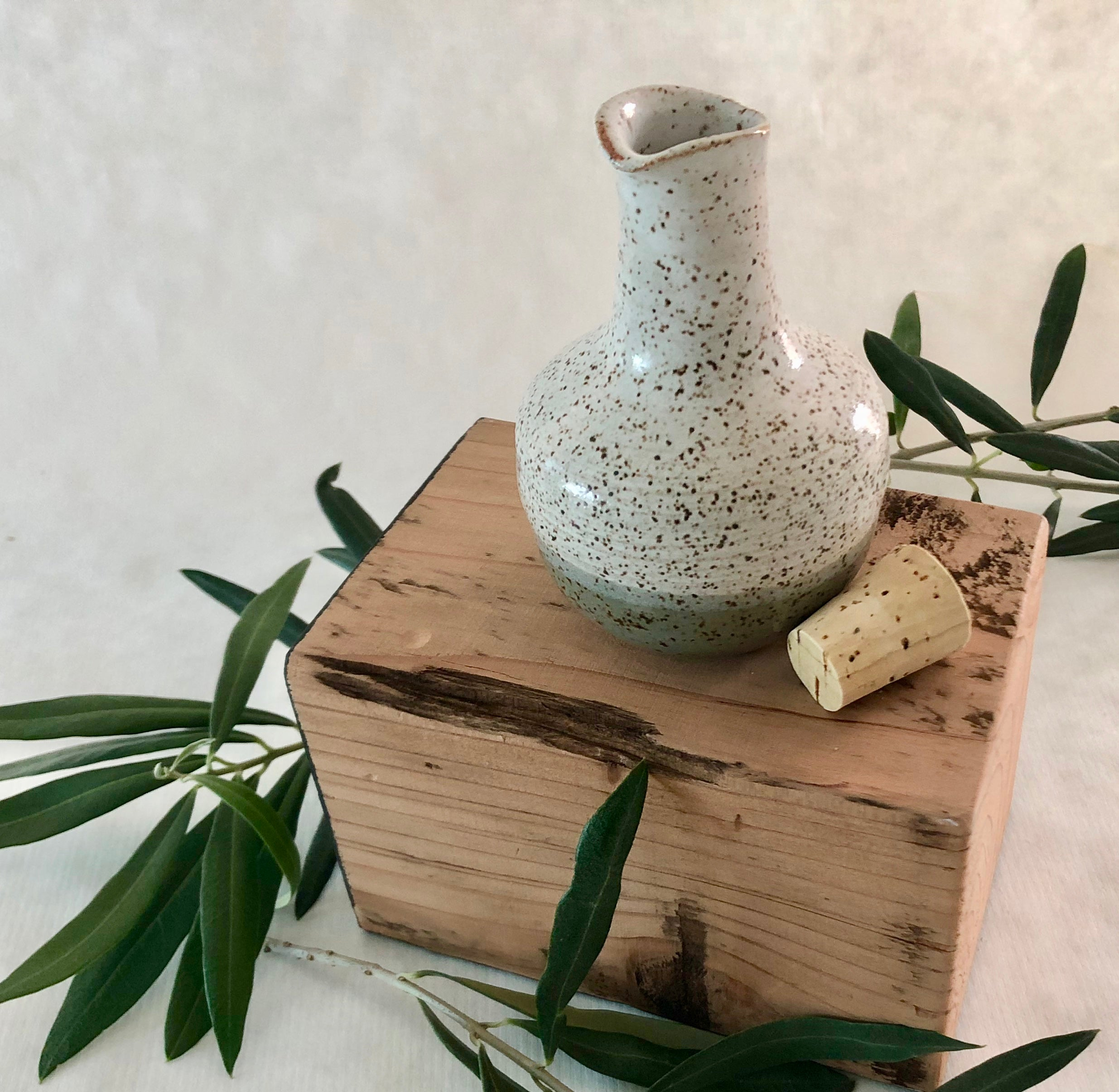 Ceramic Oil Cruet, long neck, white/celadon