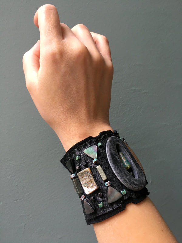 LEATHER CUFF : Abalone Shell on Black Leather