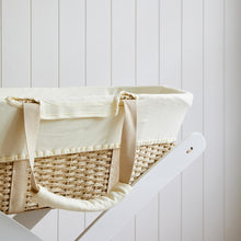 Load image into Gallery viewer, Bebe Care Moses basket