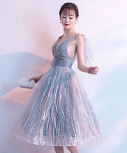 Load image into Gallery viewer, Gray V Neck Tulle Lace Short Prom Dress, Gray Homecoming Dress
