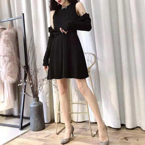 Black/White Gothic Off-Shoulder Long Sleeve Dress SP13313