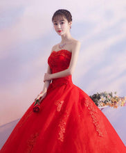 Load image into Gallery viewer, Red Sweetheart Neck Lace Long Prom Dress, Sweet 16 Dress