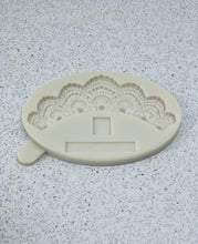 Load image into Gallery viewer, Pearl Lace Swag Silicone Mold, Wedding cake lace design mold