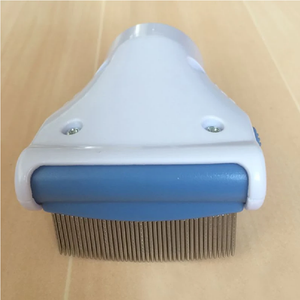 Lice Hunter™ Bug Vacuum Comb