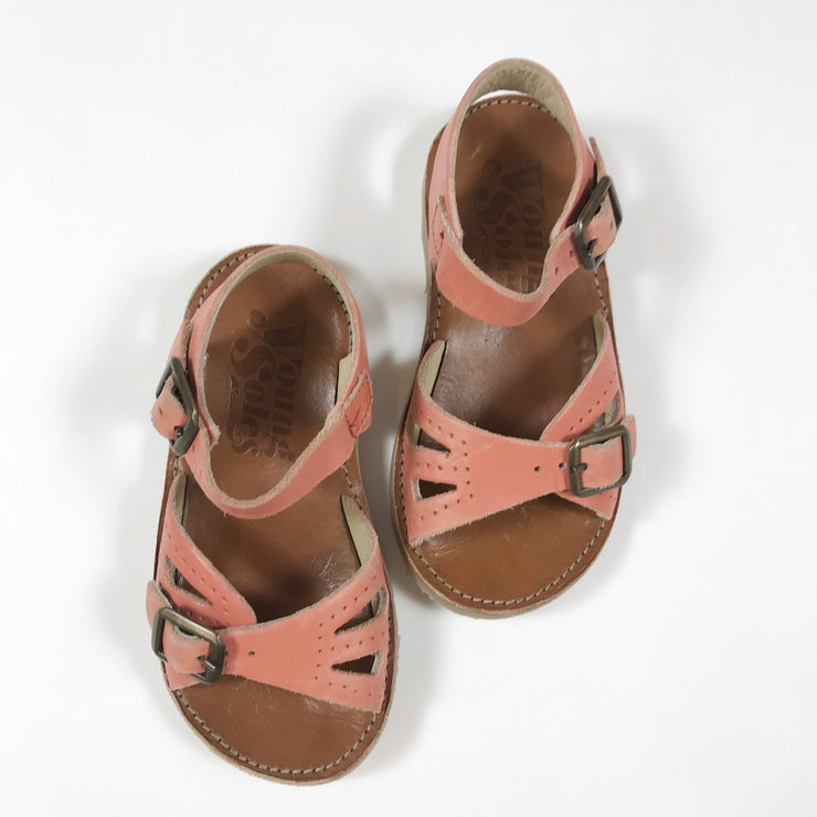 Young Soles coral leather pearl sandals 25