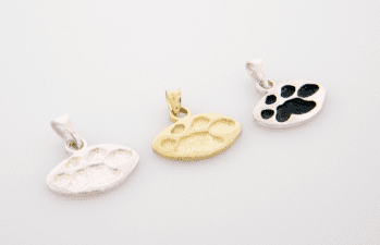 4 Paws Forever Pendant