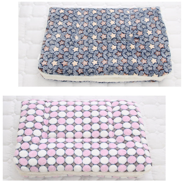 Soft Flannel Pet Mat dog Bed Winter Thicken Warm Cat Dog Blanket puppy Sleeping Cover Towel cushion for small Medium large dogs