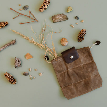 """Find New Roots"" Foraging Bag"