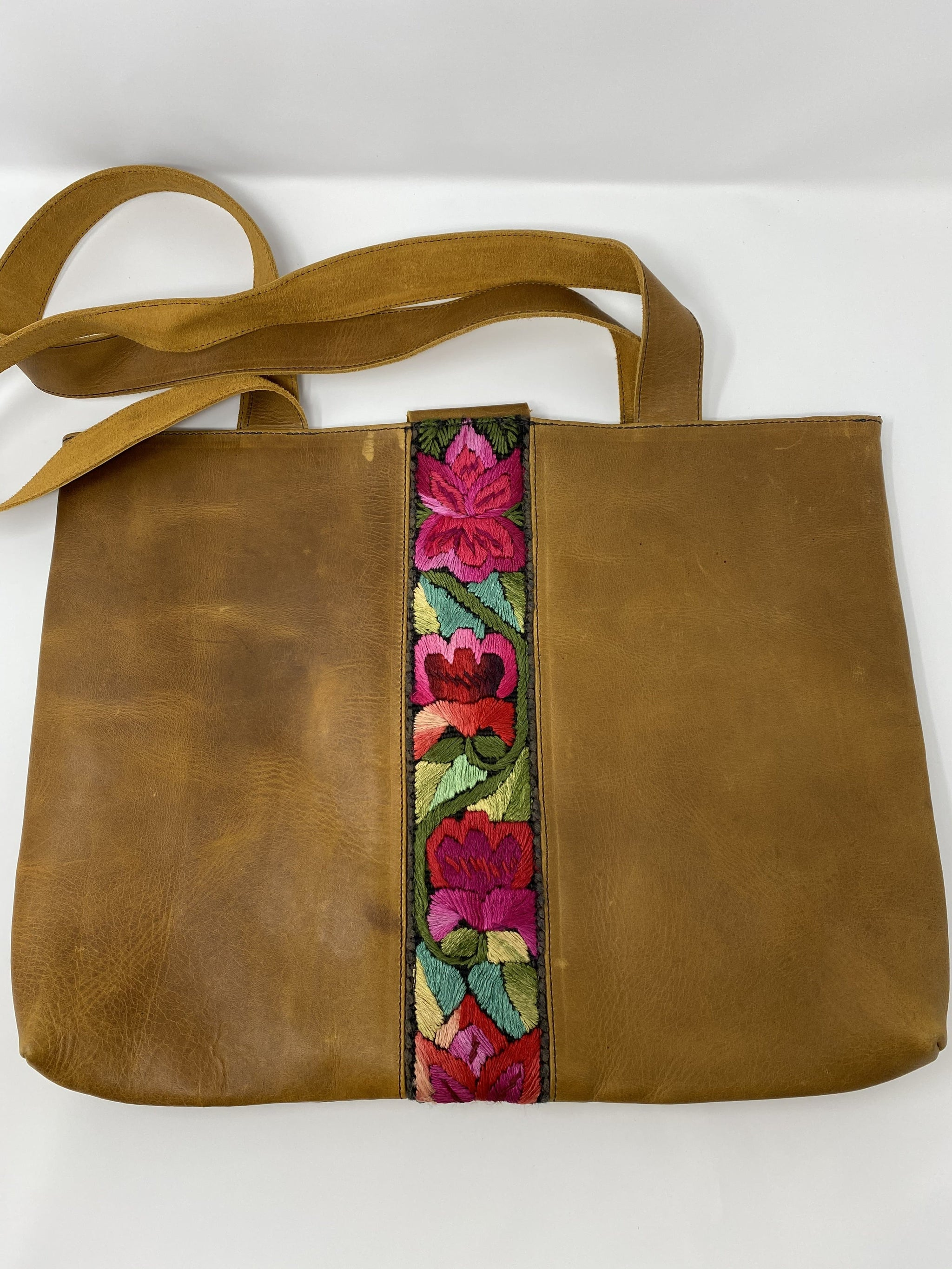 The Elio Genuine Leather Purse with Mayan Embroidery