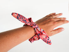 Load image into Gallery viewer, Hot Pink Floral Bow Scrunchie