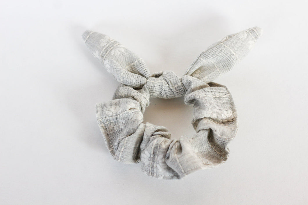 Gray Embroidered Floral Bow Scrunchie