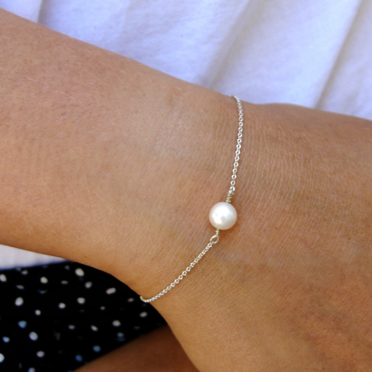 White Freshwater Pearl 'Simple' Chain Bracelet