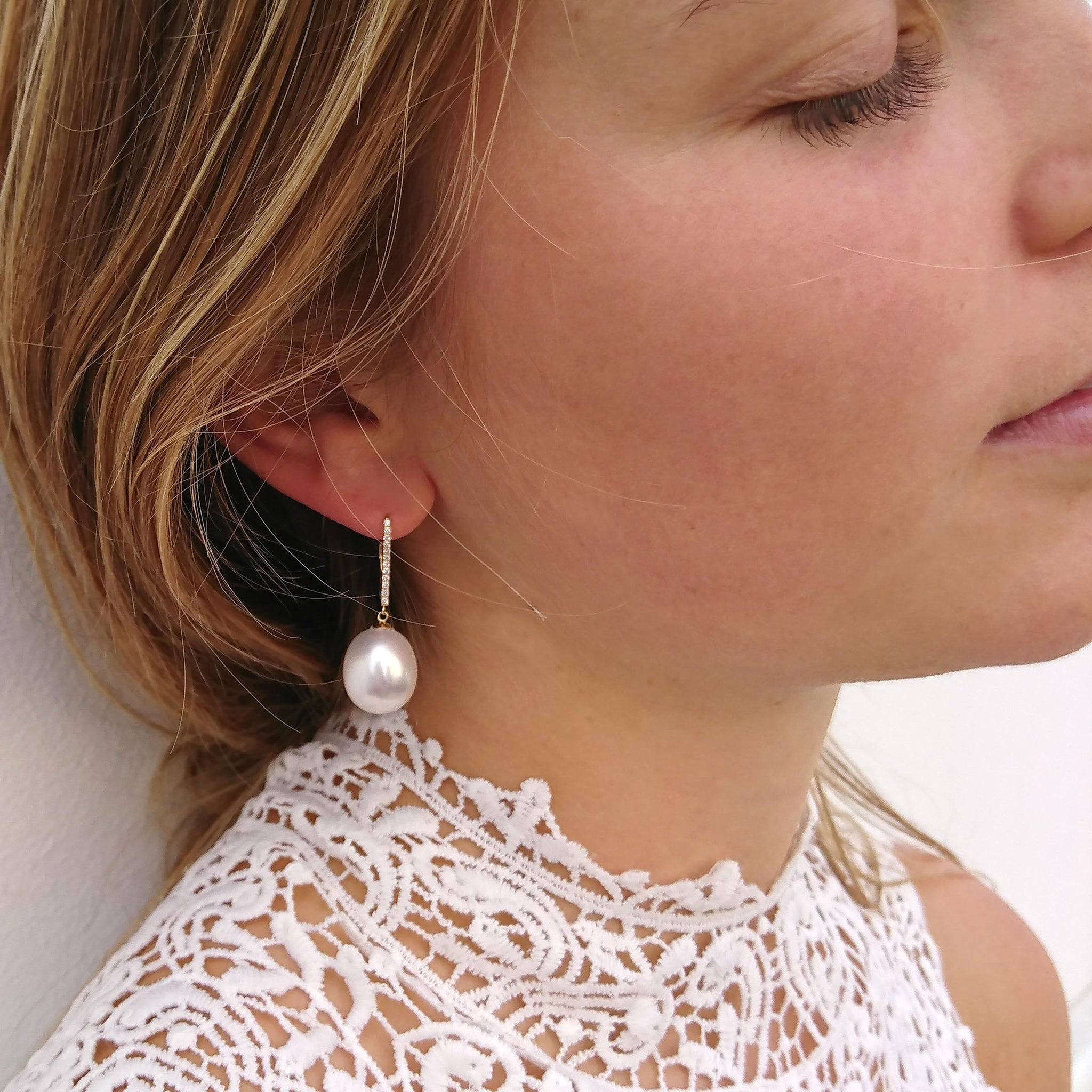 White South Sea & Diamond 'Tsarina' Gold-Drop Earring