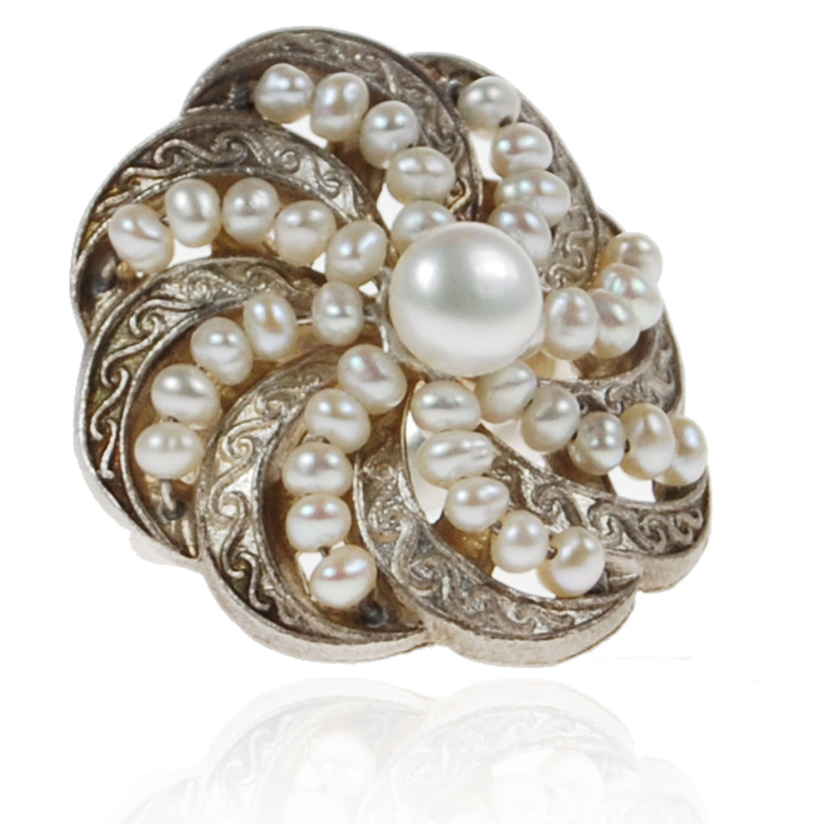 White Freshwater Pearl Silver 'Swirl' Ring