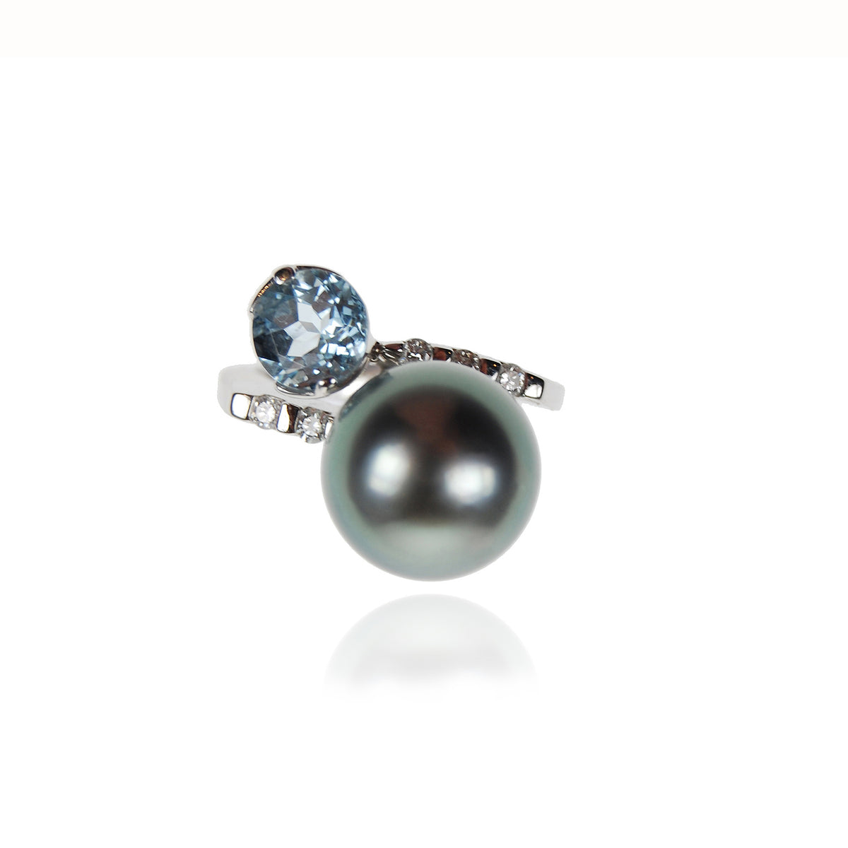 Black Tahitian Pearl, Aquamarine & Diamond 'Tsarina' Ring