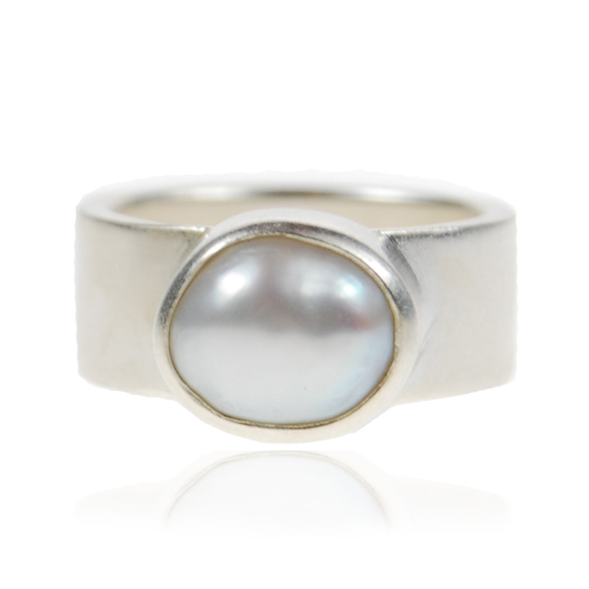 White Biwa Pearl & Sculpted Silver Ring