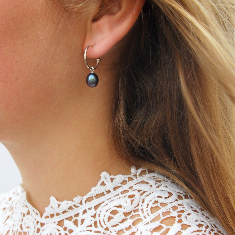 Freshwater Pearl Drop Hoop Earrings in Peacock Black