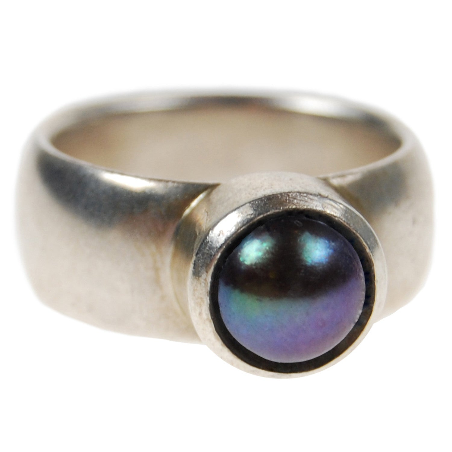 Freshwater Pearl Ring in Peacock Black