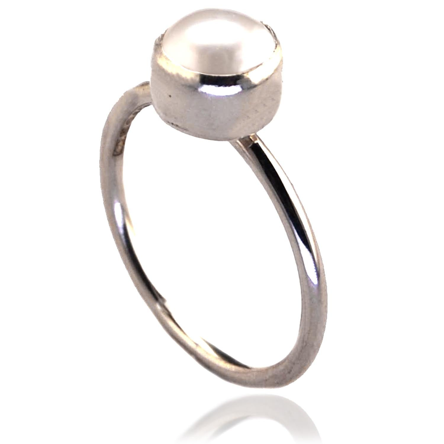 Sterling Silver Ring with  White Freshwater Pearl