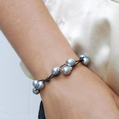 Black Tahitian Pearl & Black Leather Simple 'Warrior' Bracelet