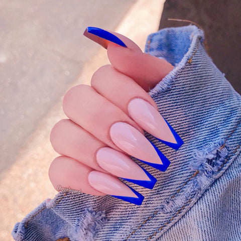 blue v tips for simple nail designs
