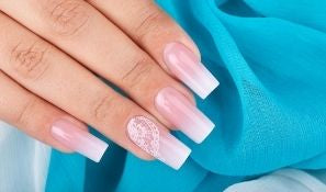 A Step-By-Step Guide To Ombre Nails Using Dip Powder