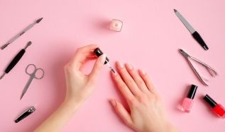 The Ultimate Guide to Building Your Nail Kit
