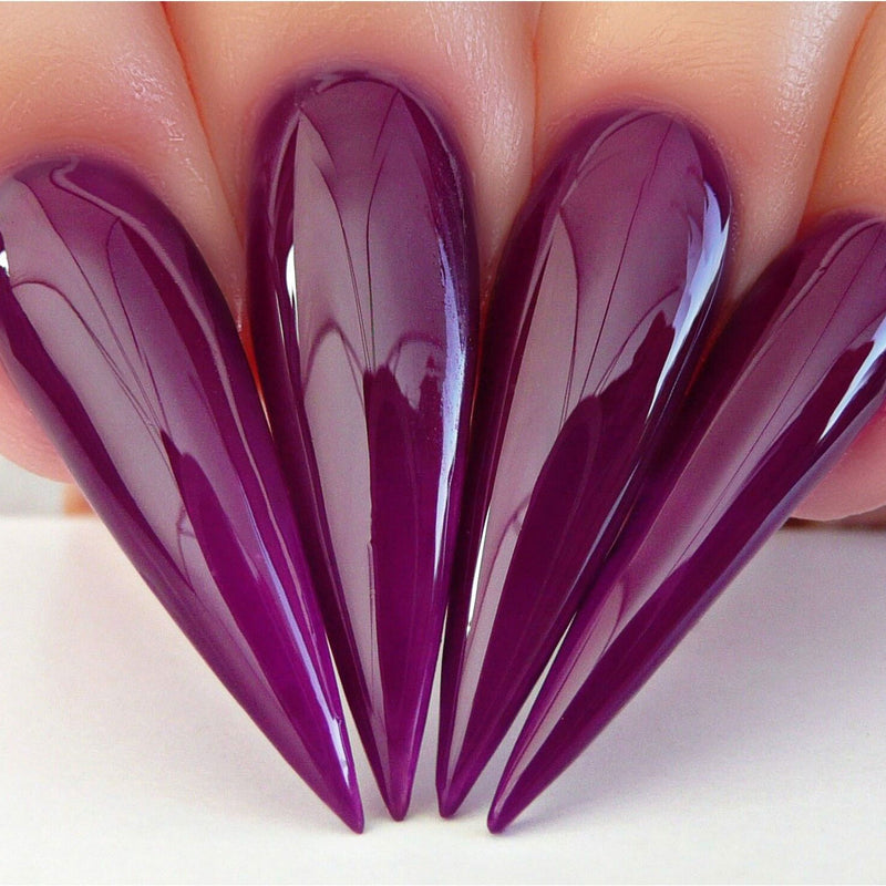 N596 Stiletto Nails