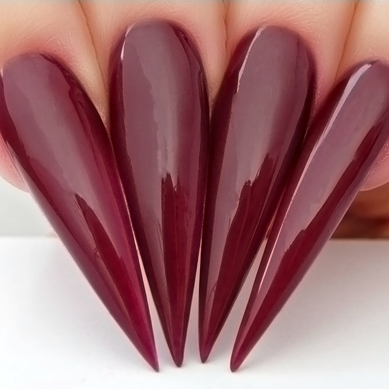 D624 Stiletto Nails