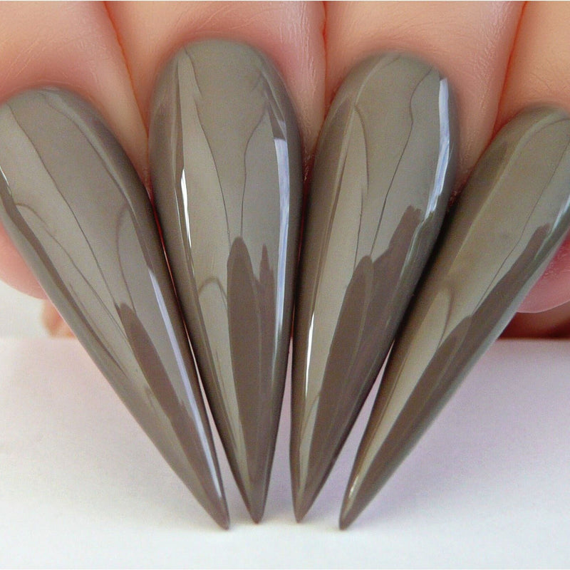 N599 Stiletto Nails