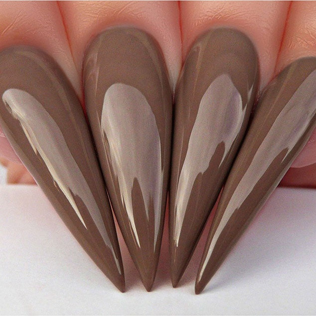D512 Stiletto Nails
