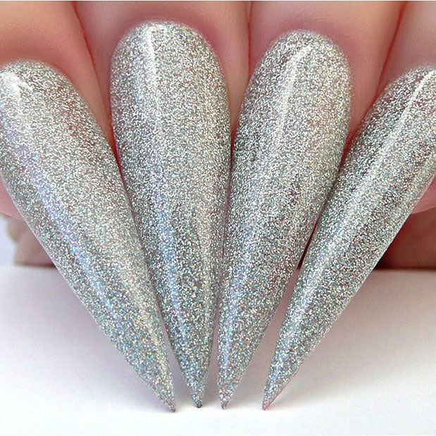 D561 Stiletto Nails