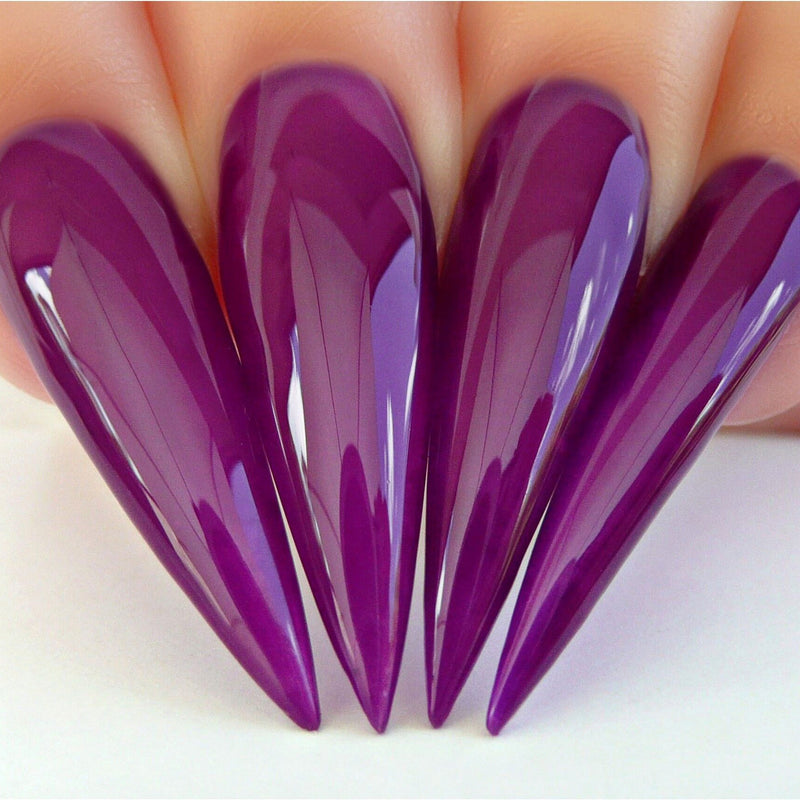 D544 Stiletto Nails