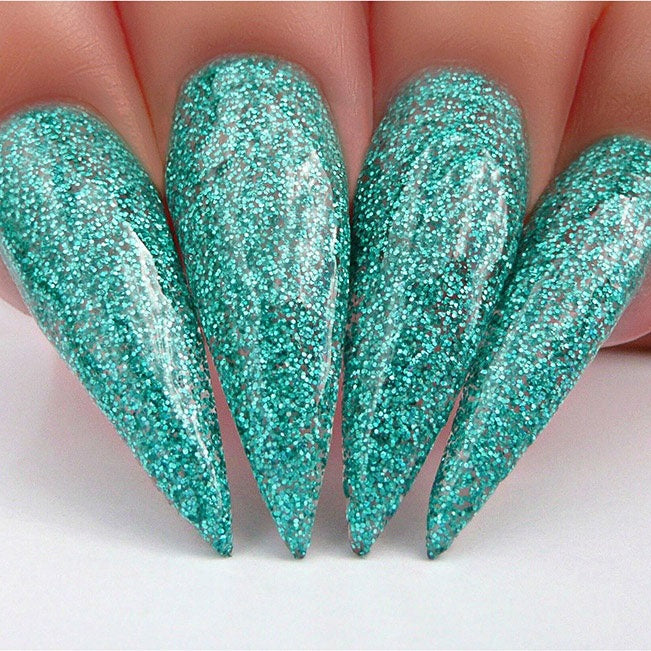 D517 Stiletto Nails
