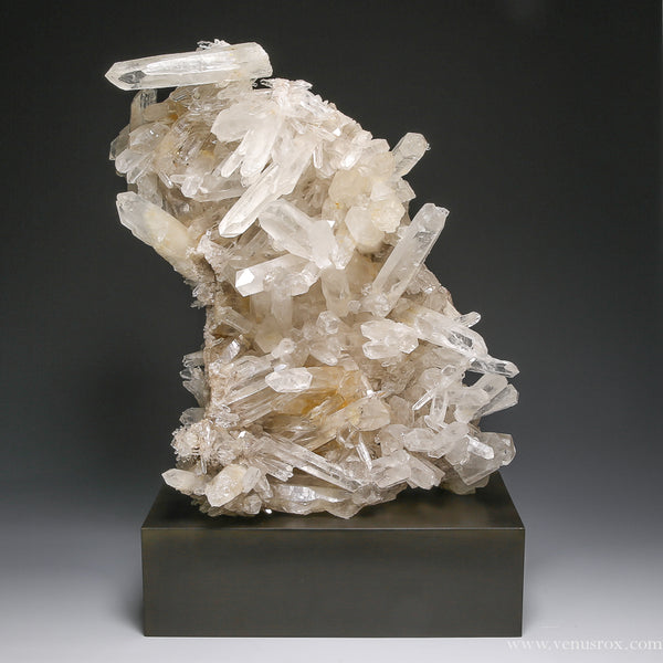 Clear Quartz Natural Custer from Diamantina, Minas Gerais, Brazil, Minas Gerais, Brazil | Venusrox