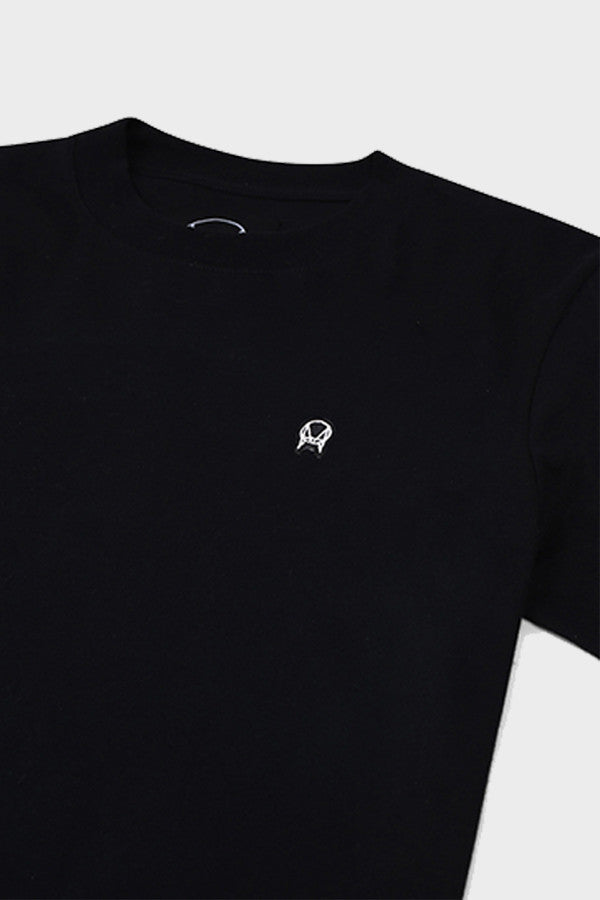 'PATCH LOGO' CLASSIC T-SHIRT BLACK // UNISEX