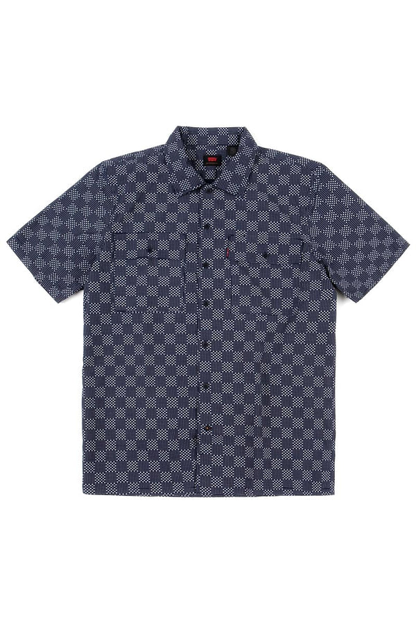 LEVI'S BUTTON DOWN SHIRT