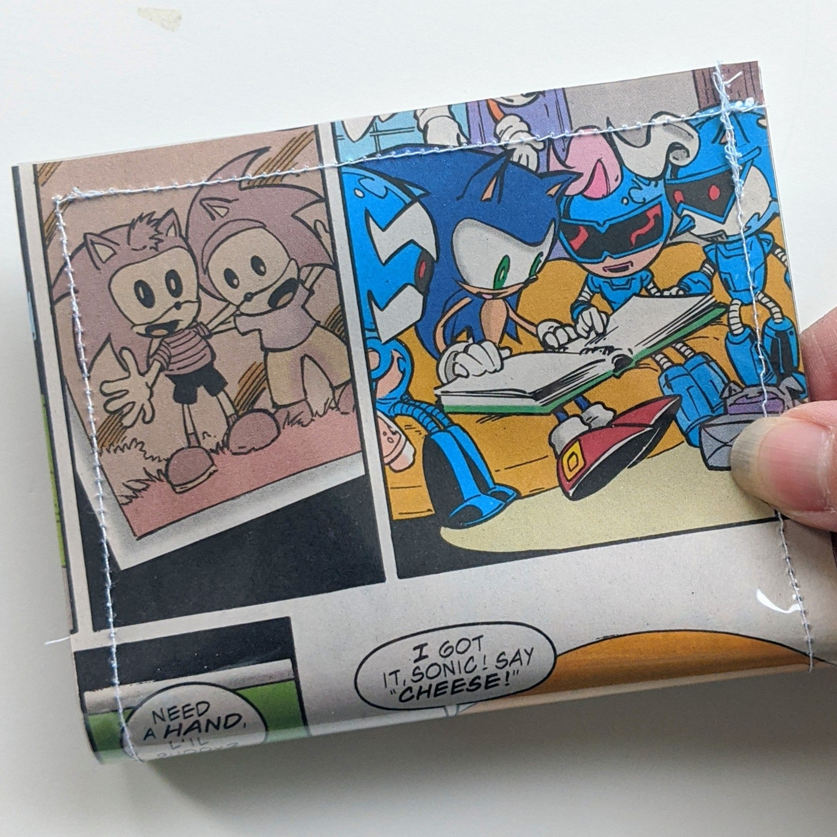 Sonic the hedgehog - Upcycled Comic Book Vinyl Wallet