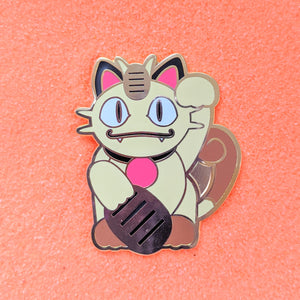Maneki Neko Lucky Cat Meowth - Enamel Pin